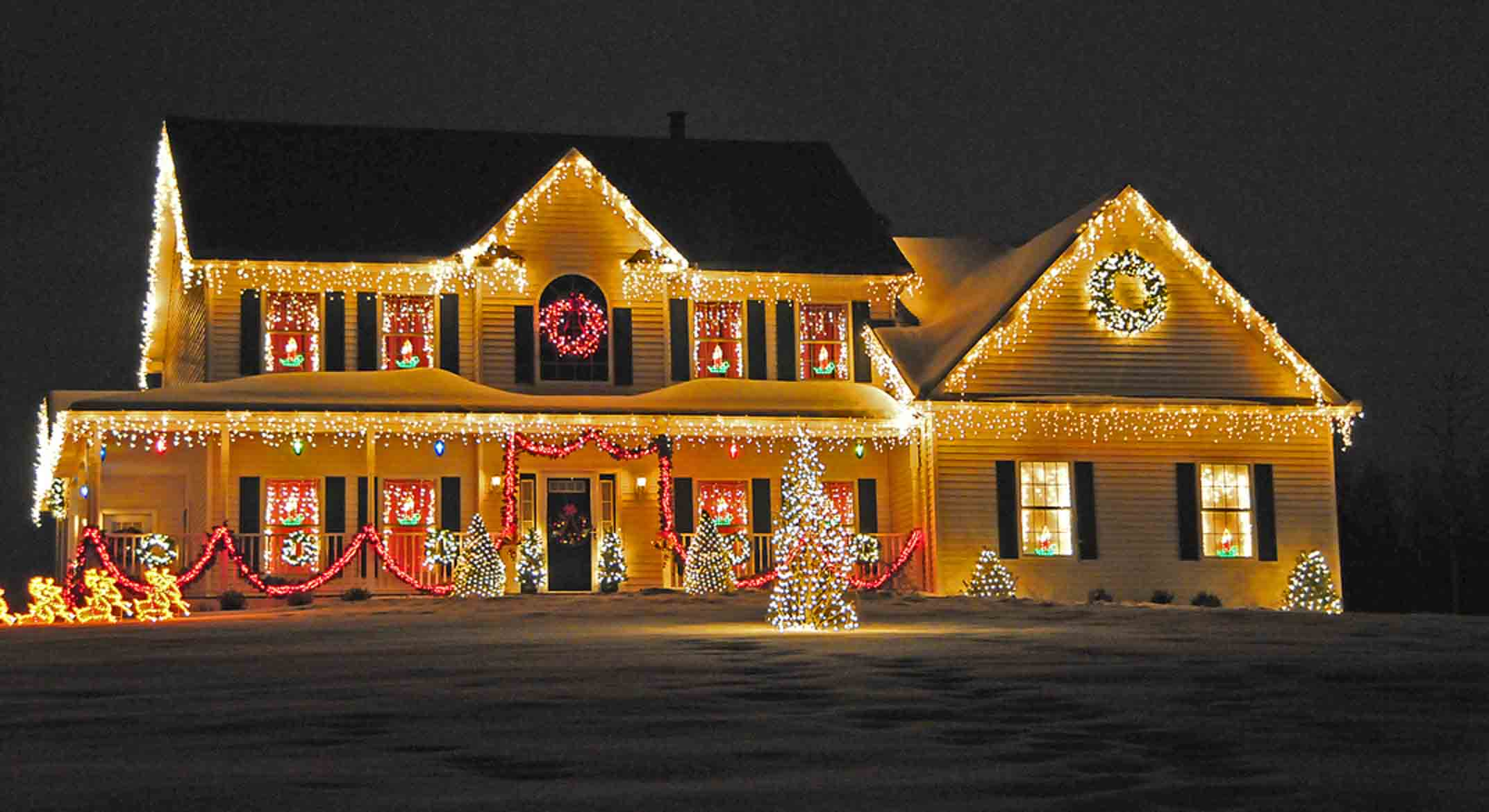 How to Choose a Professional Christmas Light Installation Service